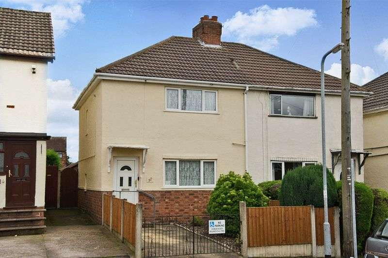 3 Bedrooms Semi Detached House for sale in Foster Avenue, Hednesford, Cannock