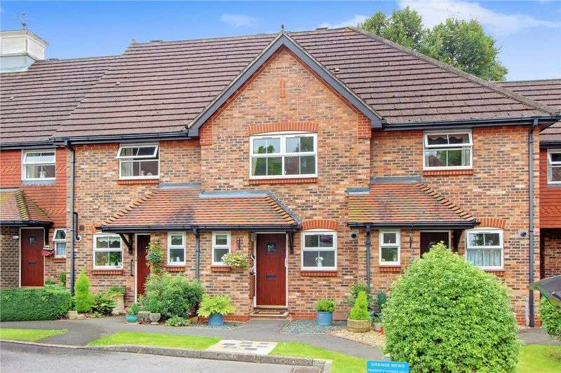 2 Bedrooms Terraced House for sale in Grange Mews, Romsey, Hampshire