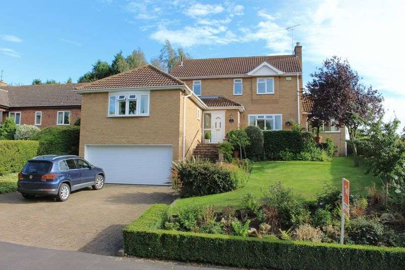 4 Bedrooms Detached House for sale in Fairways, Toft