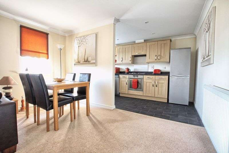 2 Bedrooms Flat for sale in Hillbrook Crescent,Ingleby Barwick