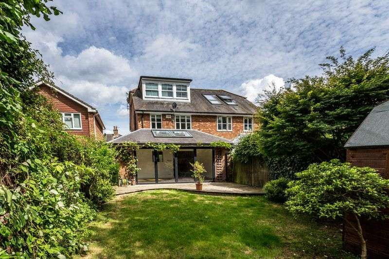 4 Bedrooms Semi Detached House for sale in SUPERB 4 Bedroom Semi