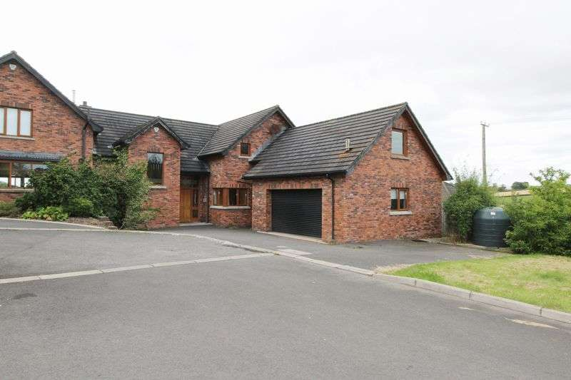 5 Bedrooms Detached House for sale in 11 Shelling Hill, Ravarnet, Lisburn