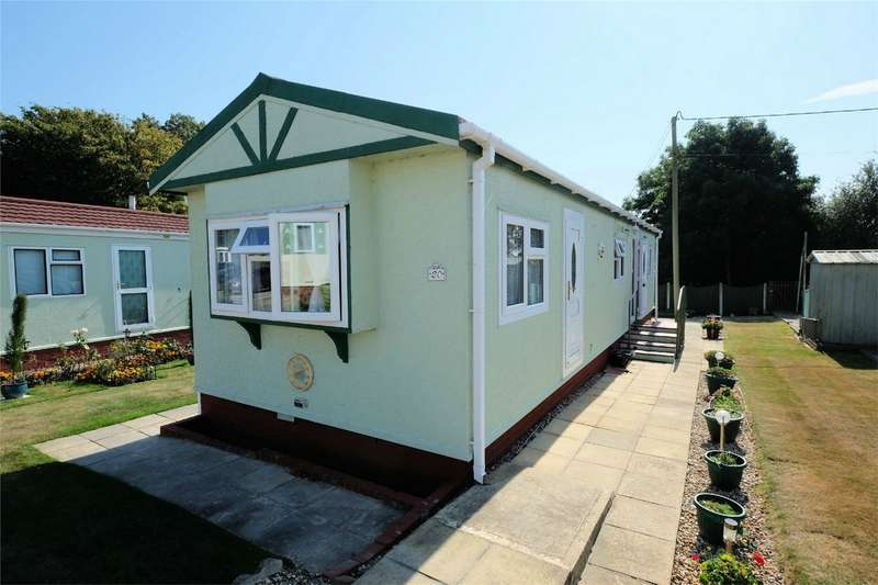 2 Bedrooms Park Home Mobile Home for sale in Dengrove Park, Broad Oak, CANTERBURY, Kent