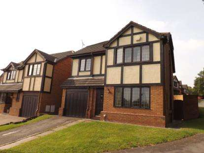 4 Bedrooms Detached House for sale in Pine Crest, Flint, Flintshire, CH6