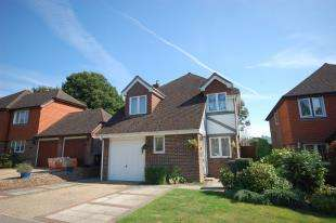3 Bedrooms Detached House for sale in Forest Park, Maresfield, East Sussex