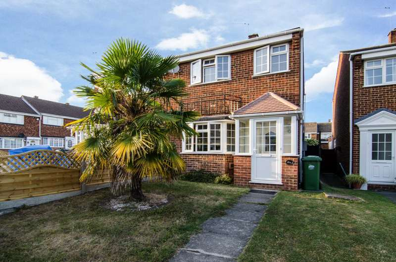 3 Bedrooms Semi Detached House for sale in Mayplace Road East, Bexleyheath, DA7 6EA