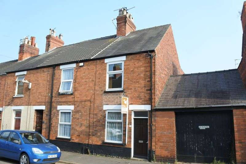 3 Bedrooms Semi Detached House for sale in Alexandra Road, Grantham