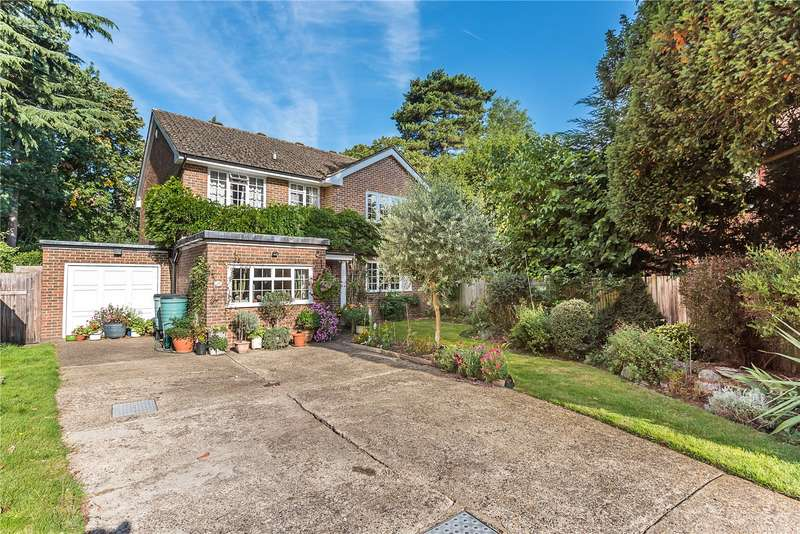 4 Bedrooms Detached House for sale in Malcolm Drive, Surbiton, KT6