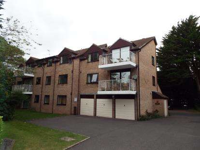 2 Bedrooms Flat for sale in 16 Dean Park Road, Bournemouth, Dorset