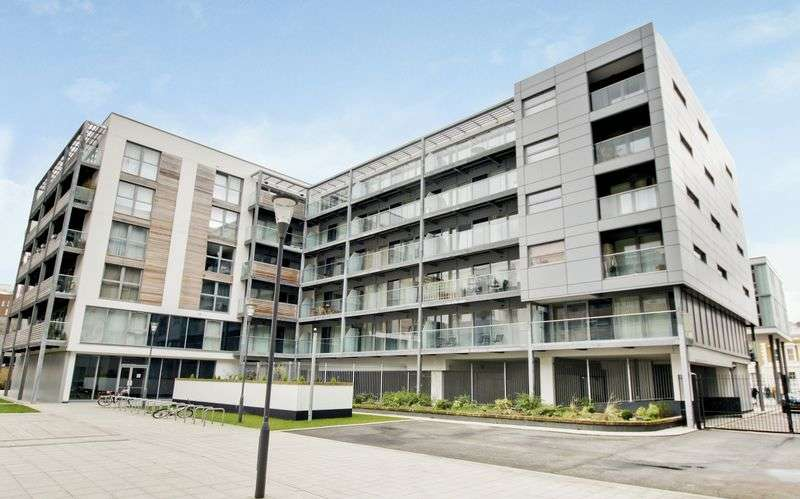 2 Bedrooms Flat for sale in Merryweather Place, Greenwich, SE10