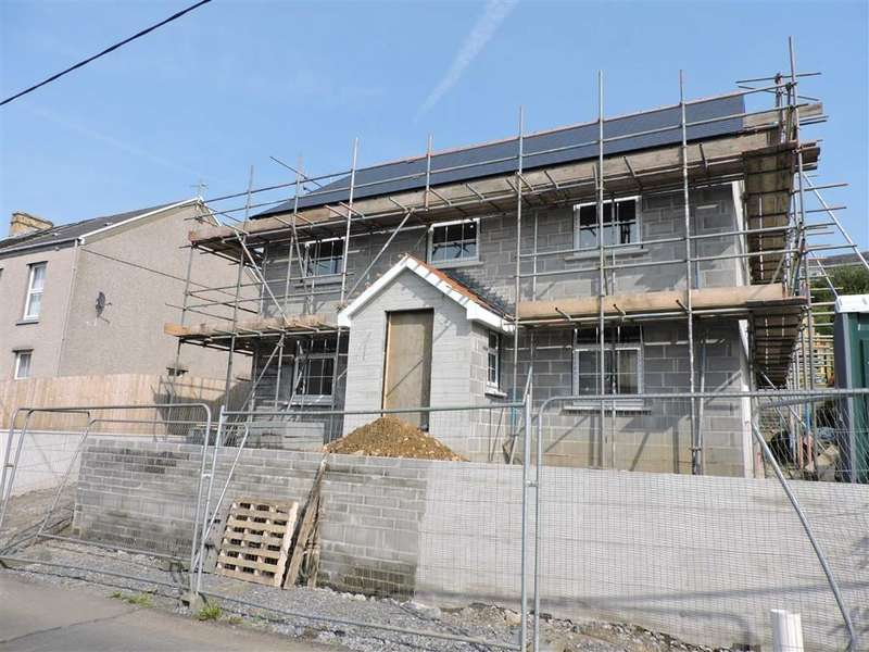 4 Bedrooms Property for sale in Highland Terrace, 24 Goppa Road, Pontarddulais