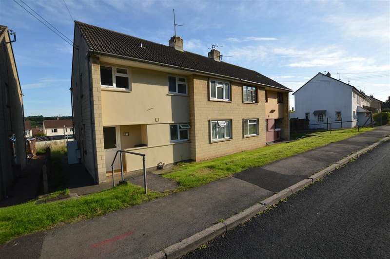 2 Bedrooms Flat for sale in Hillside Crescent, Midsomer Norton