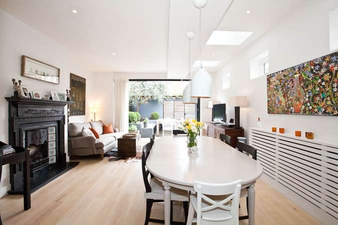4 Bedrooms Semi Detached House for rent in The Avenue, Chiswick