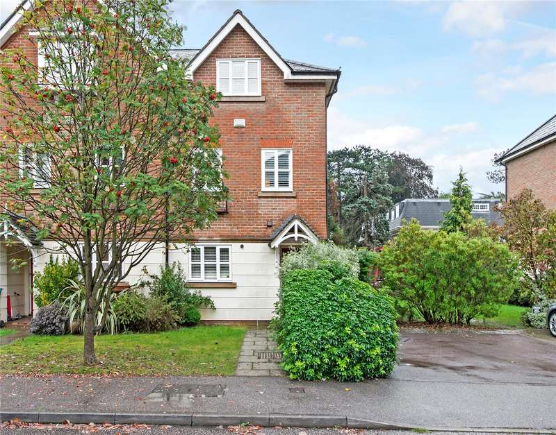 4 Bedrooms Terraced House for sale in Molteno Road, Watford, Hertfordshire, WD17