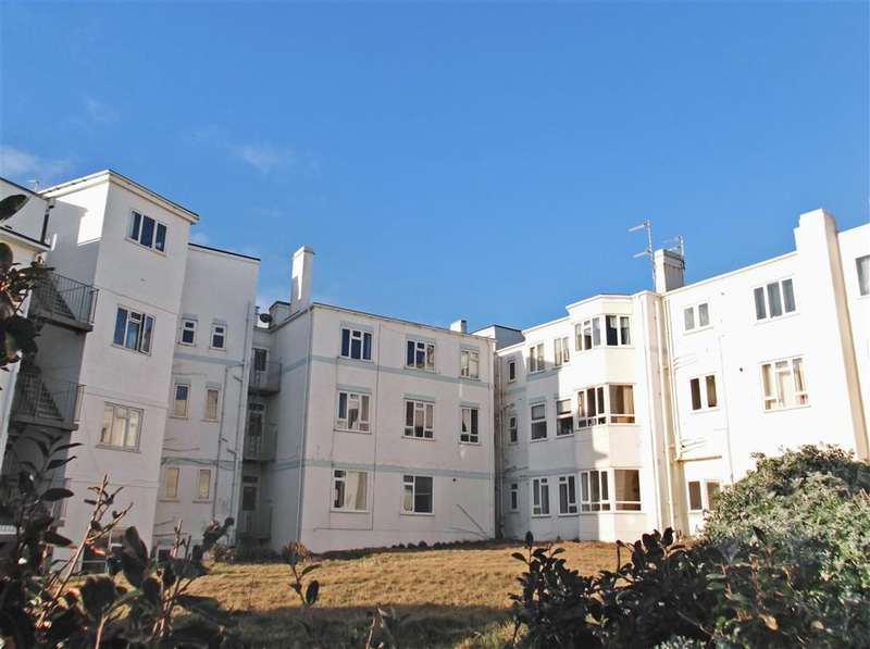 1 Bedroom Flat for sale in Chichester Drive East, Saltdean, Brighton, East Sussex