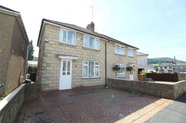 3 Bedrooms Semi Detached House for sale in Ty Isaf Park Avenue, Risca, NEWPORT