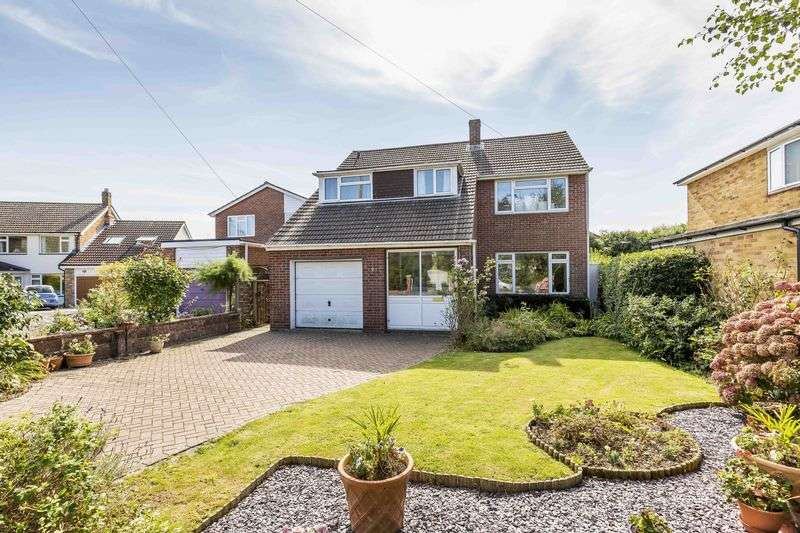 4 Bedrooms Detached House for sale in Weavers Green, Denvilles