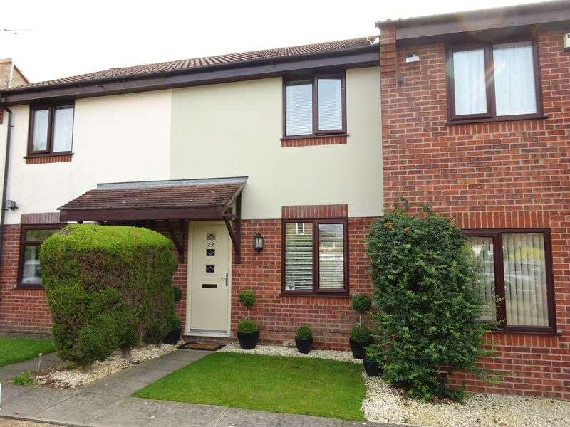 2 Bedrooms Terraced House for sale in Pyehurn Mews, Taverham, Norwich