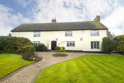 6 Bedrooms Detached House for sale in Main Street, Wysall, Nottingham