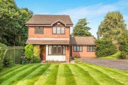 4 Bedrooms Detached House for sale in Balmoral Road, Sutton Coldfield, West Midlands