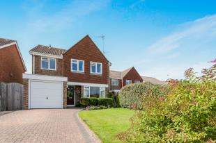 4 Bedrooms House for sale in Forrester Road, Partridge Green, Horsham, West Sussex
