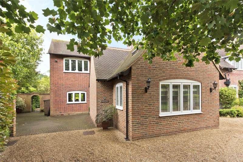 5 Bedrooms Semi Detached House for sale in Dartnell Park Road, West Byfleet, Surrey, KT14