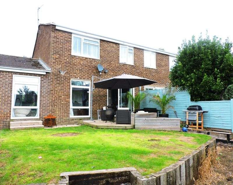 3 Bedrooms Semi Detached House for sale in Romsey, SO51 5RA