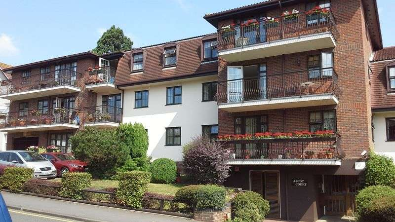 2 Bedrooms Retirement Property for sale in Ascot Court, Bexley, DA5 1HS