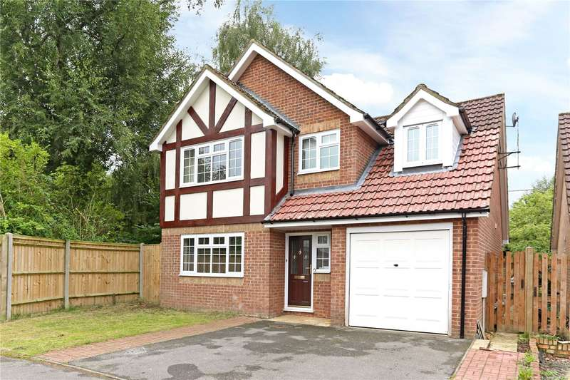 4 Bedrooms Detached House for sale in Lindford Chase, Lindford, Hampshire, GU35