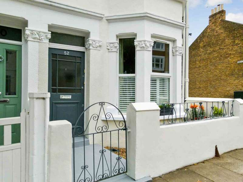 2 Bedrooms Apartment Flat for sale in Aslett Street, Wandsworth