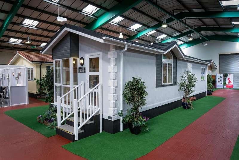 2 Bedrooms Mobile Home for sale in LP1014, Garstang, Lancashire, PR3 1YJ