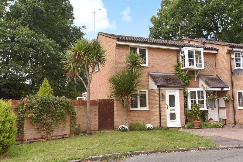 2 Bedrooms End Of Terrace House for sale in Severn Close, Sandhurst, Berkshire, GU47