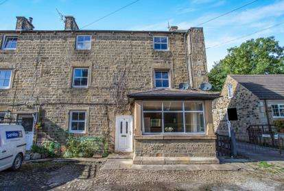 3 Bedrooms Flat for sale in Mill Cottages, Pateley Bridge, Harrogate, North Yorkshire