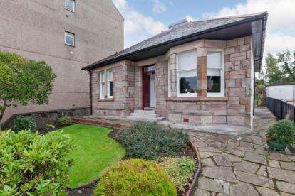 2 Bedrooms Bungalow for sale in Margaret Street, Greenock