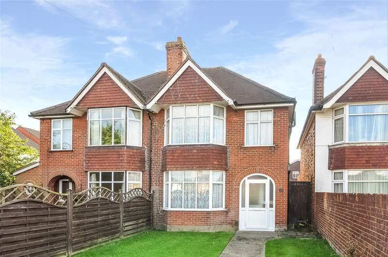 3 Bedrooms Semi Detached House for sale in Guildford Road, Bisley, Woking, Surrey, GU24