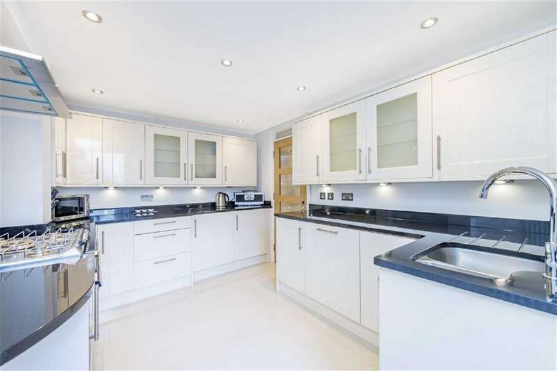 2 Bedrooms Flat for sale in Mayall Road, LONDON