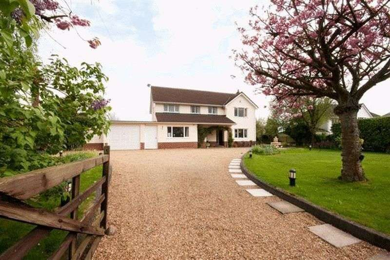 4 Bedrooms Detached House for sale in Druidstone Road, Old St. Mellons, Cardiff