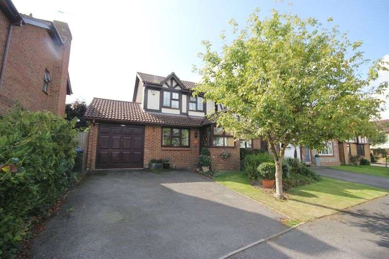4 Bedrooms Detached House for sale in Culpepper, Burgess Hill, West Sussex