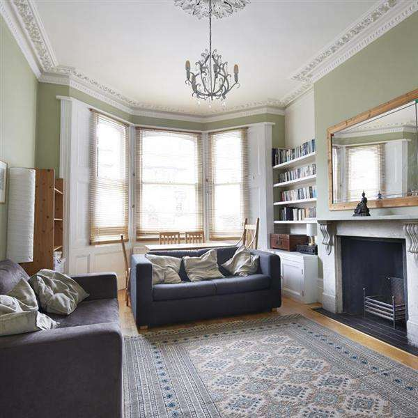 2 Bedrooms Flat for sale in Seafield Road, Hove