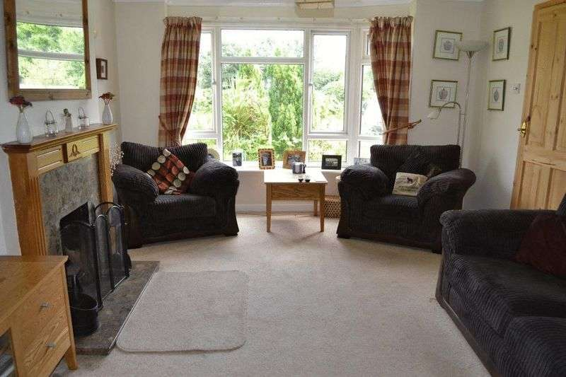 4 Bedrooms Semi Detached House for sale in HILDENBOROUGH
