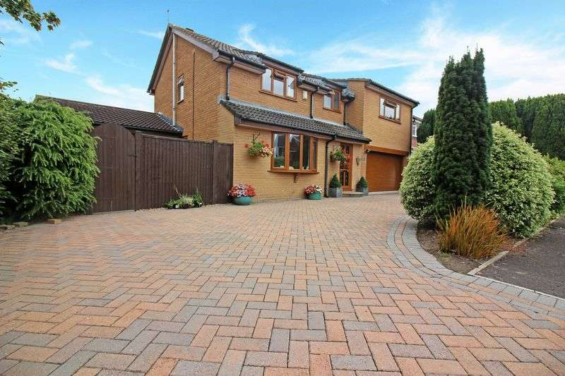 5 Bedrooms Detached House for sale in Clayton Close, Portishead