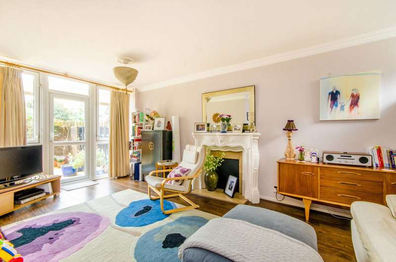 3 Bedrooms Maisonette Flat for sale in Wynyatt Street, Clerkenwell, EC1V