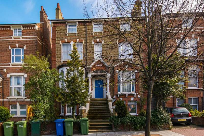 3 Bedrooms Flat for sale in Lordship Lane, East Dulwich, SE22