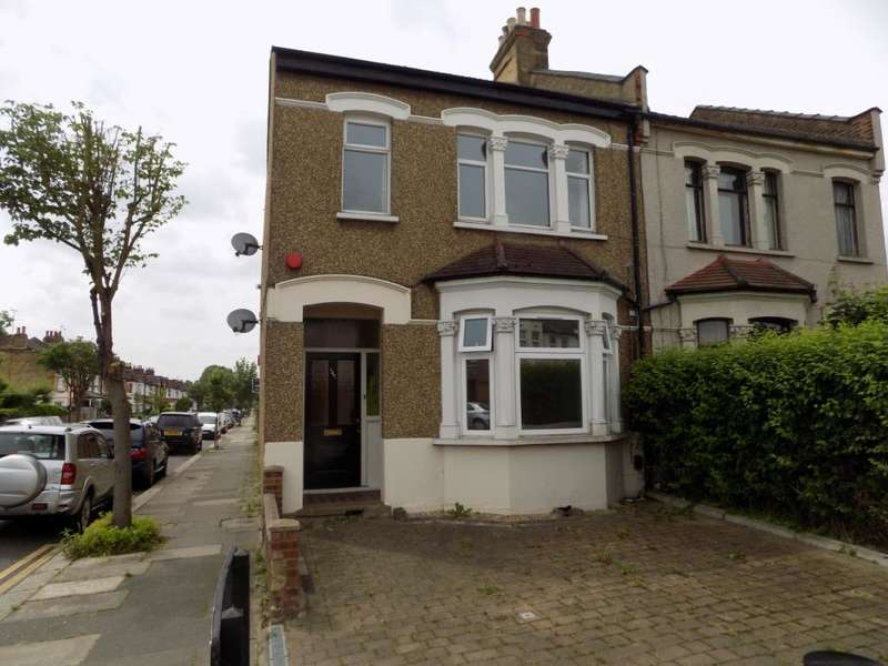1 Bedroom Flat for sale in Southbury Road, Enfield, EN1