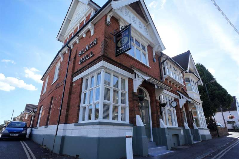 3 Bedrooms Semi Detached House for sale in Church Street, Cliffe, Rochester, Kent, ME3