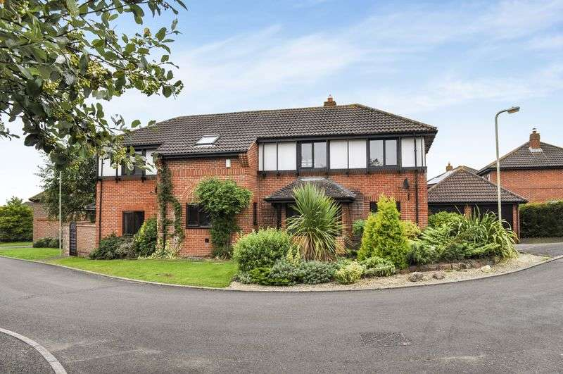 5 Bedrooms Detached House for sale in Lovelace Close, Abingdon