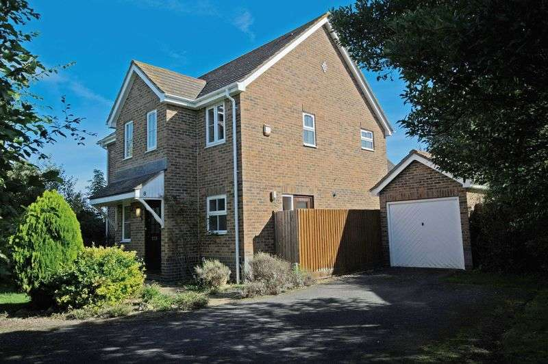 4 Bedrooms Detached House for sale in Great Paxton, St. Neots