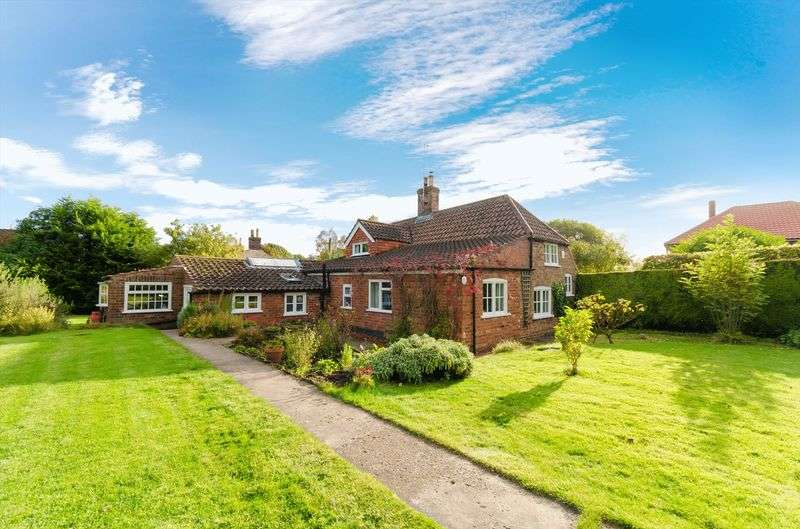 3 Bedrooms Cottage House for sale in Old Bolingbroke