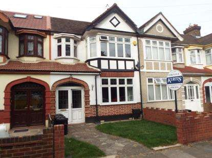 4 Bedrooms Terraced House for sale in Chadwell Heath, Essex