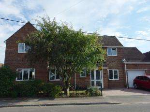 4 Bedrooms Detached House for sale in Singledge Avenue, Whitfield, Dover, Kent